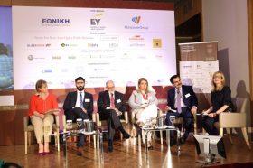 "PANEL  II: Τάσεις - ""κλειδιά"" της ασφαλιστικής αγοράς. Συμμετείχαν οι ομιλητές (με σειρά από αριστερά προς δεξιά): Ευγενία Καφφετζή, Διευθύνουσα Σύμβουλος, Globalnet Insurance Brokers ,   Βασίλειος Πιερράκος, Insurance IT Advisory Services Manager, EY,   Γεώργιος Ραουνάς, Γενικός Διευθυντής, Υπηρεσίες Επιχειρηματικής Διακυβέρνησης, KPMG, Φανή Κλειδά, Διευθύνουσα Σύμβουλος, ManpowerGroup Ελλάδας,  Σπύρος Γκούμας, Chief Executive Officer (CEO), SQLearn ΕΠΕ.   Συντονίστρια:  Έλενα Ερμείδου, Δημοσιογράφος"