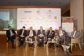 PANEL  ΙII: Ασφαλιστικές ΣΔΙΤ: Το μέλλον στη συνεργασία Δημοσίου και Ιδιωτικού Τομέα. Συμμετείχαν οι ομιλητές (με σειρά από αριστερά προς δεξιά):